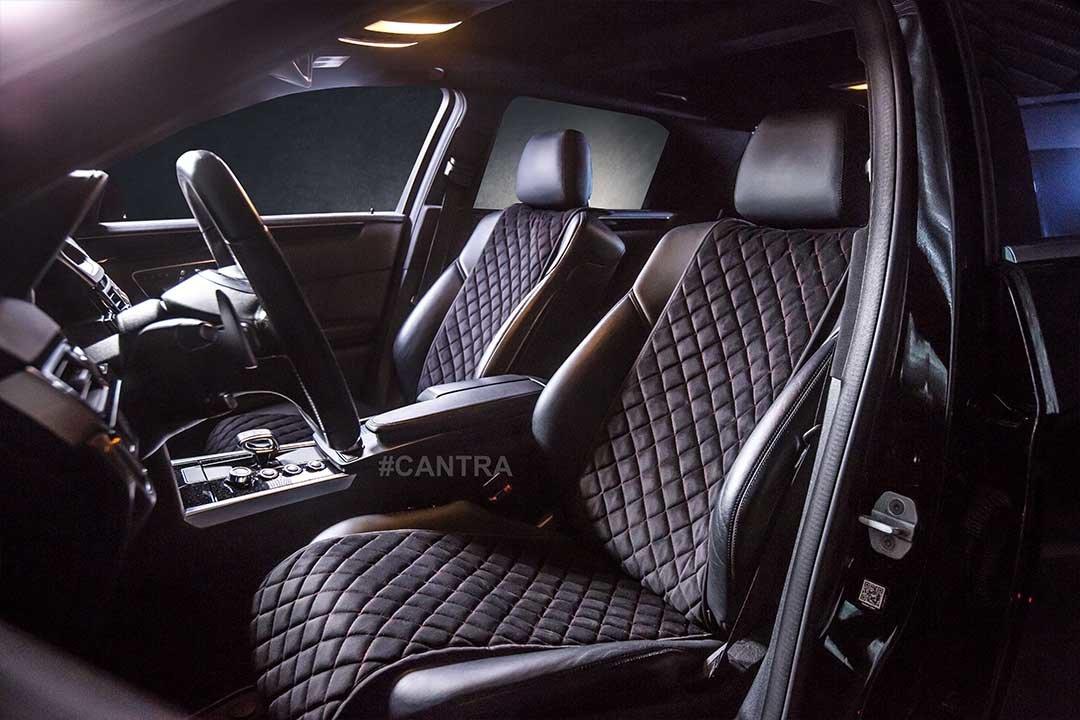 Blick auf den Innenraum einer Mercedes E-Klasse mit CANTRA Autositzauflagen